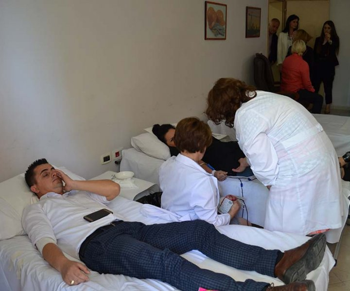 The State Labour and Social Services Inspectorate donates blood to thalassemic children